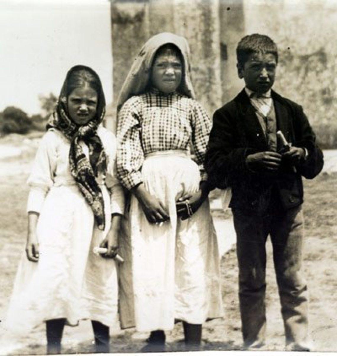 Jacinta, Lúcia e Francisco3