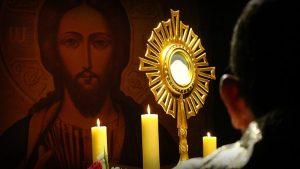 adocacao-santissimo-sacramento-linguagem-do-ceu