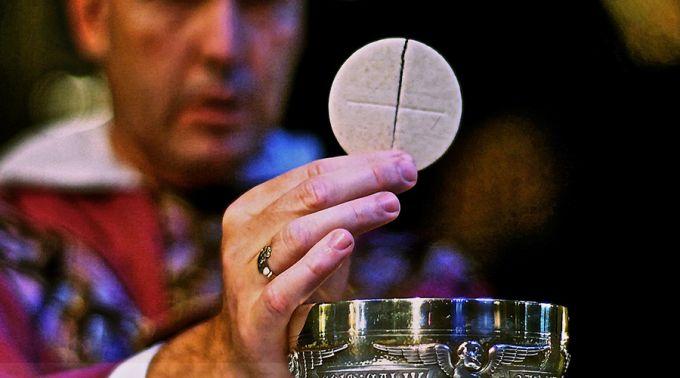 você sabe o que é a eucaristia, aprenda tudo aqui