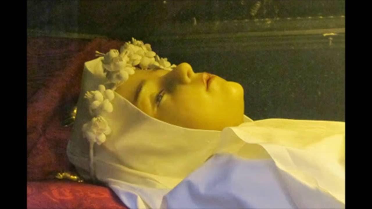 A incrível história da menina que morreu de amor por Jesus, morreu de verdade