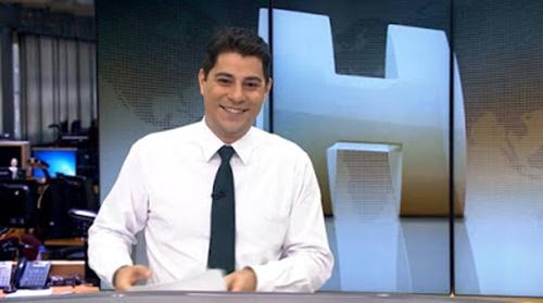 Evaristo Costa recebe convite para trabalhar em Aparecida, na Casa da Mãe