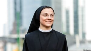 Ex-adventista agora freira Odiava a Igreja mas me apaixonei pelo Santíssimo