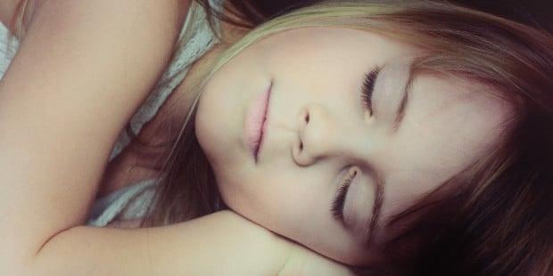 A menina que passou a noite coberta com o manto de Nossa Senhora
