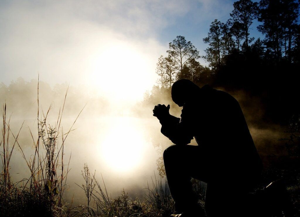Oração para esquecer alguém que te magoou